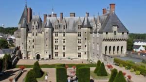 Le château de Langeais près de Chinon